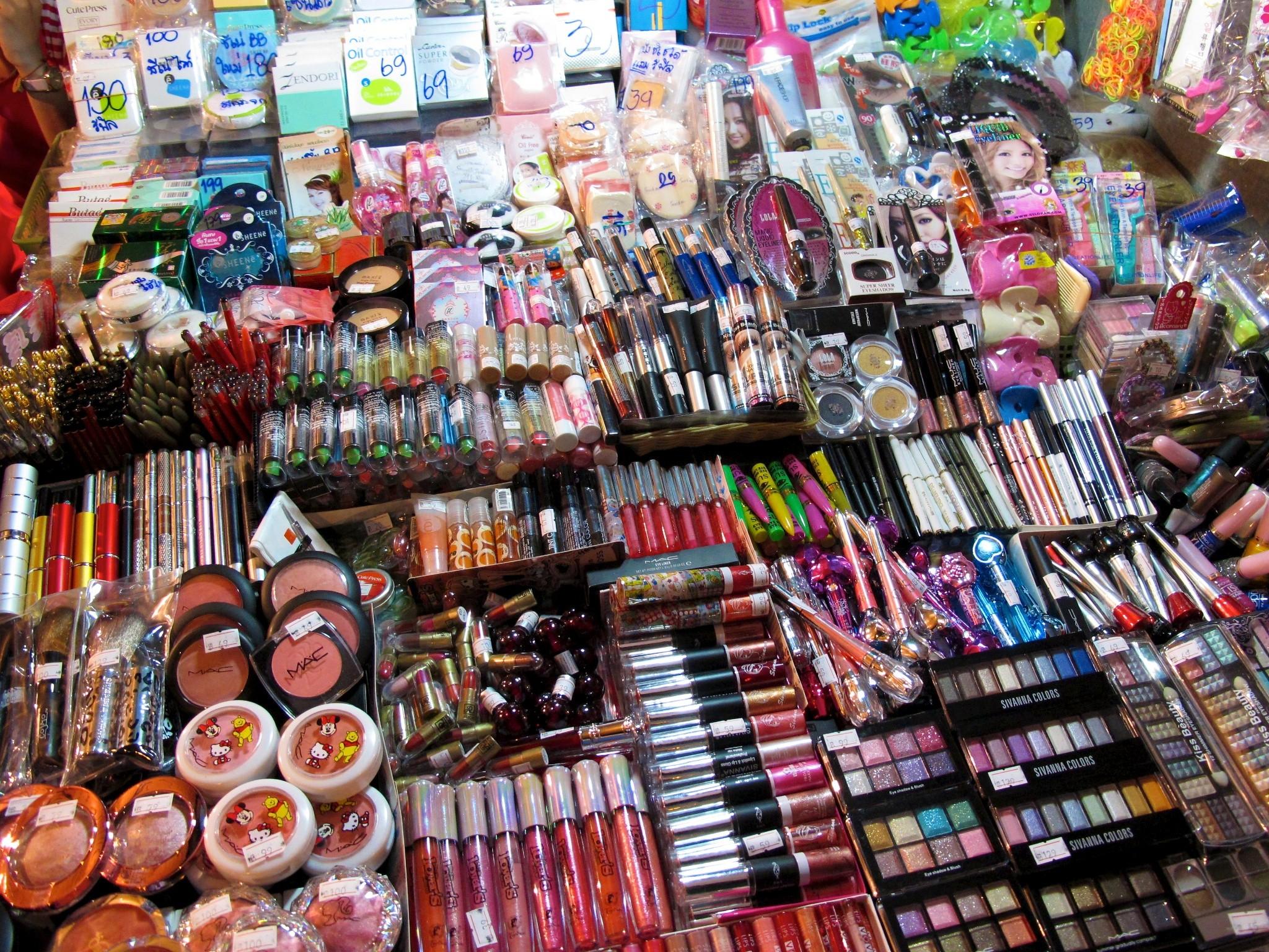 Рынок с косметикой в паттайе