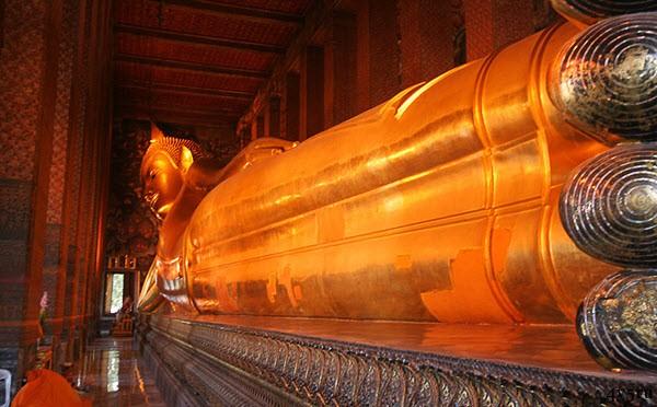храм лежащего будды таиланд