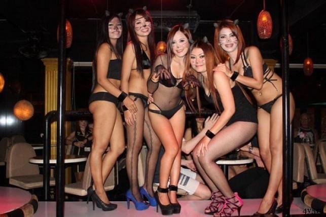 барные девочки патонг