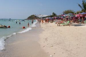 koh-larn-samae-beach